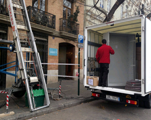 Last minute removals to Spain